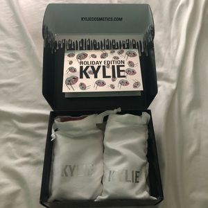 Kylie Cosmetics Liquid Lipstick and Lip Pencil Duo